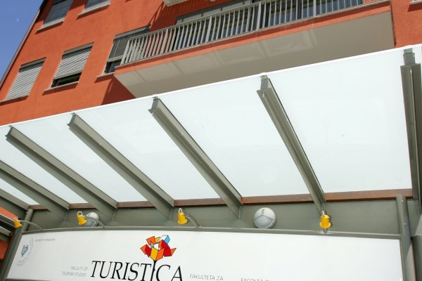 Office hours at Turistica during summer holidays