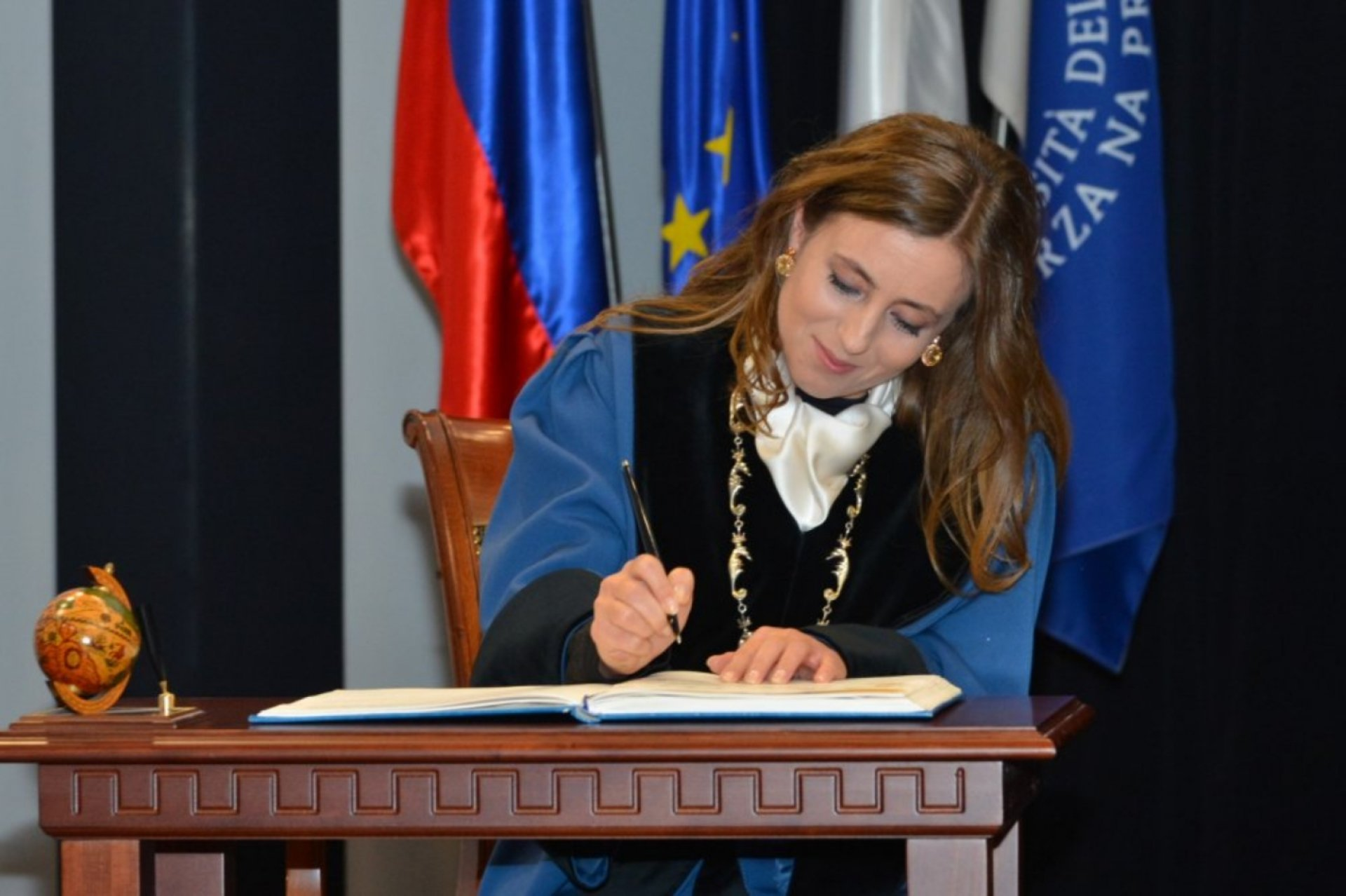 New Rector at the University of Primorska has sworn and took up her duties